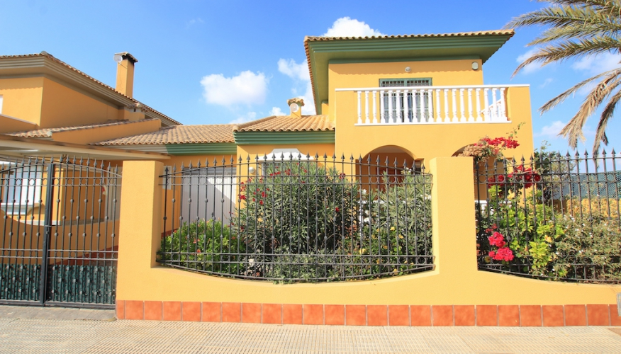 Resale - Villa - Costa Calida Mar Menor - Los Alcázares